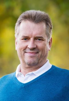 Herr Jörg Strobel
