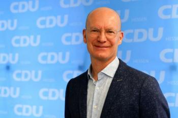Herr Dr. Michael Schüte